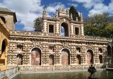 Realer Alcazar der Sevilla-Gärten Stockfoto