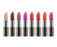 Realistick-Lippenstifte mit verschiedenen Farben Stockfotografie