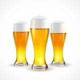 Realistisch glas bier Vector illustratie Royalty-vrije Stock Afbeeldingen
