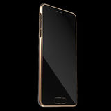 Realistisch Gouden Smartphone of Mobiel Telefoonmalplaatje het 3d teruggeven Stock Afbeeldingen