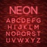 Realistisch neonalfabet Heldere neon gloeiende doopvont Stock Fotografie