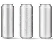 Realistische aluminiumblikken met waterdalingen royalty-vrije illustratie