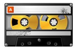 Realistische Audiokassette im schwarzen Kasten. Lizenzfreie Stockfotos