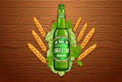 Realistische Bierproduktanzeige Abbildung des Vektor 3d Helles Bierflasche-Schablonendesign Markenglas des alkoholischen Getränks Stockfotos