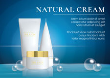 Realistische kosmetische flessenbanner met water en bellen Advertenties voor room, soepen, schuim, shampoo, lijm Spot omhoog voor vector illustratie