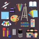 Realistische kunstlevering, vastgestelde kunstmaterialen Professionele kunstteller, kleurpotlood, sketchbook, palet en borstel, s Stock Fotografie