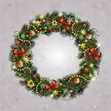 Realistischer Weihnachtskranz von Tannenzweigen Lizenzfreies Stockbild