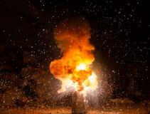 Realistisches brennendes Explosionssprengen Stockfotografie
