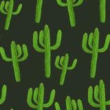 Realistisches nahtloses Vektormuster des Kaktus auf dunklem Hintergrund Lizenzfreie Stockfotografie