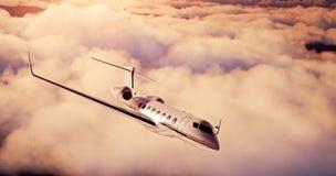 Realistisk bild av det privata flygplanet för vit lyxig generisk design som flyger över jorden Tom solnedgånghimmel med abstrakt  Royaltyfria Foton