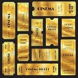 Realistisk guld- showbiljett Gamla högvärdiga bioingångsbiljetter Guld- erkännande till filmbiograf- eller munterhetshower royaltyfri illustrationer