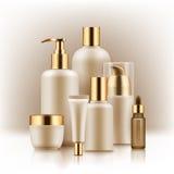 Realistisk lyxig uppsättning för högvärdigt märke av kosmetiska flaskor, modell, 3D Royaltyfria Foton