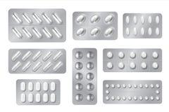 Realistiska bl?sor Medicinpiller- och kapselpackar, vita droger 3D och vitaminer isolerade modellen Vektorapotekupps?ttning vektor illustrationer