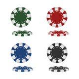 Realistiska pokerchiper som isoleras på vit bakgrund ocks? vektor f?r coreldrawillustration stock illustrationer