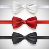 Realistyczny biały, czarny i czerwony łęku krawat, Obrazy Royalty Free
