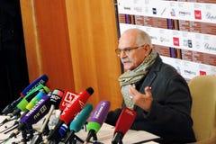 Realizador de cinema Nikita Mikhalkov na imprensa-conferência imagem de stock royalty free