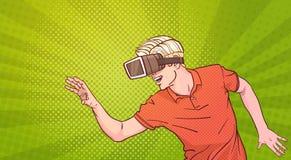Realtà virtuale di vetro degli occhiali di protezione 3d di usura di uomo che Gesturing schiocco Art Style Background Fotografie Stock