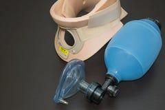 Reanimatiezak met de cervicale kraag van Philadelphia Royalty-vrije Stock Fotografie