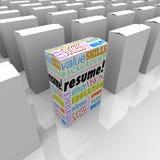 Reanude al mejor un candidato único de muchas cajas que se destaca Foto de archivo