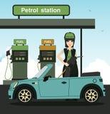 Reaprovisionamiento de combustible de los empleados Fotografía de archivo libre de regalías