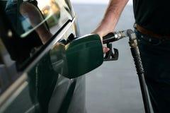 Reaprovisionamiento de la gasolina Fotografía de archivo libre de regalías