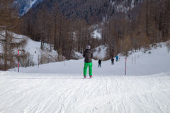 Rear of skier Royalty Free Stock Photography