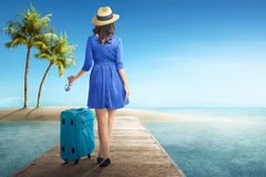 Free Rear View Of Asian Woman With Hat And Sunglasses Stock Photography - 121468722