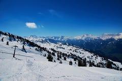 Reasort de ski d'hiver Photographie stock