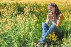 Reazioni allergiche da balzare fiori, polline Immagini Stock