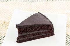 Rebanada de la torta de chocolate Fotos de archivo libres de regalías