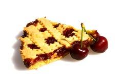 Rebanada de tarta con las cerezas Imagen de archivo