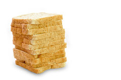 Rebanada de un pan del trigo integral aislado Fotos de archivo