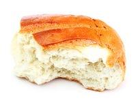 Rebanada del pan aislada en blanco Foto de archivo