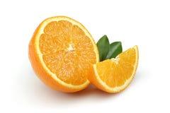 Rebanada a medias anaranjada y anaranjada Fotografía de archivo libre de regalías