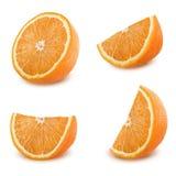 Rebanadas anaranjadas fijadas aisladas en el fondo blanco Fotos de archivo libres de regalías