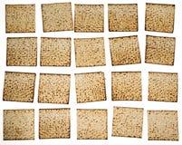 Rebanadas de Matza que organizan en filas Foto de archivo libre de regalías