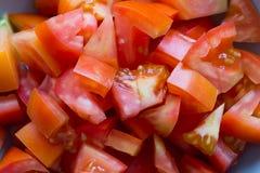 Rebanadas de tomate en primer Fotos de archivo libres de regalías
