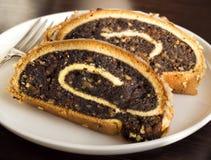 Rebanadas de torta de la amapola Fotos de archivo