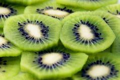Rebanadas del kiwi Foto de archivo libre de regalías