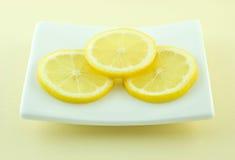 Rebanadas del limón Foto de archivo libre de regalías