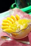 Rebanadas del mango Fotos de archivo