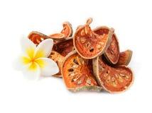 Rebanadas secas de fruta de Bael (marmelos de Aegle) Imagenes de archivo