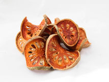 Rebanadas secas de fruta de Bael (marmelos de Aegle) Foto de archivo