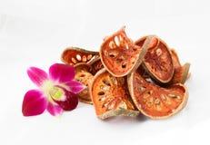Rebanadas secas de fruta de Bael (marmelos de Aegle) Imagen de archivo