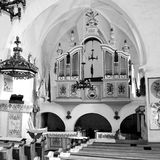 Rebecca 36 Cour de l'église médiévale enrichie dans Dirjiu, la Transylvanie Image libre de droits