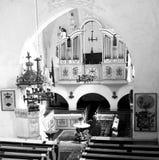 Rebecca 36 Dentro o da igreja medieval fortificada em Dirjiu, a Transilvânia Foto de Stock Royalty Free