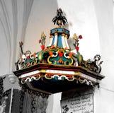 Rebecca 36 Púlpito o da igreja medieval fortificada em Dirjiu, a Transilvânia Imagem de Stock