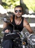 Rebellenmotorradmitfahrer stockfoto