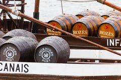 Rebelos, los barcos típicos del vino de Oporto, Portugal imágenes de archivo libres de regalías