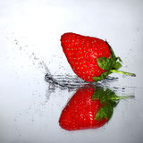 Rebondissement de fraise Photo stock